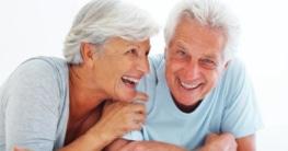 Älteres Paar hat keine Couperose